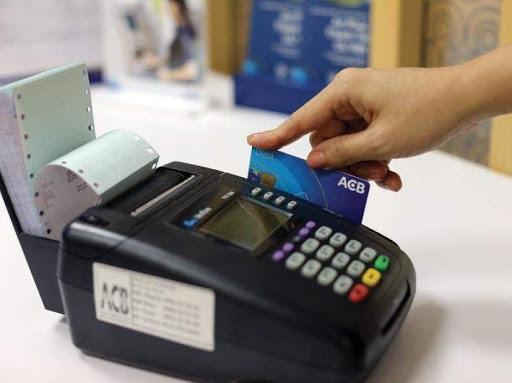 máy quẹt thẻ ngân hàng giá bao nhiêu 2