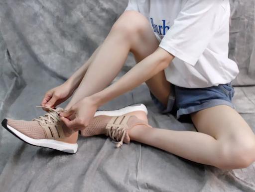 Giày Ultra boost hồng đẹp xuất sắc của hãng Adidas